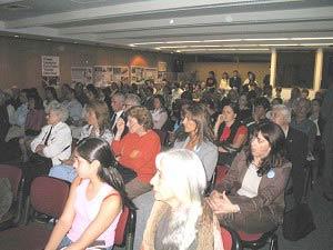Конференц-зал, в котором проходил форум. Фото: The Epoch Times