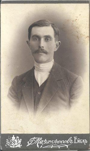 Фото 2.   Мой прадед Степан Прокофьевич Состин  (1886-1930?). Ок. 1913 г.  Фото предоставлено автором
