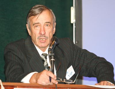 Выступление профессора, доктора биологии Кугушева И.Г. Фото: Великая Эпоха