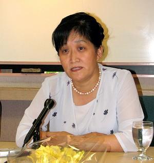 Доктор Ван Вэньи в прошлое воскресенье посетила район залива Сан-Франциско, продолжая апеллировать против нарушений прав человека в Китае. Фото: Великая Эпоха
